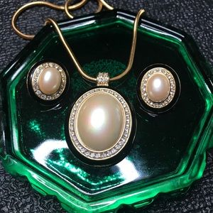 Vintage Monet Pearl Necklace CLIP ON Earrings Set